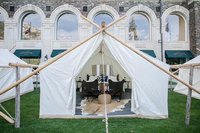summer-camp-wedding-tents