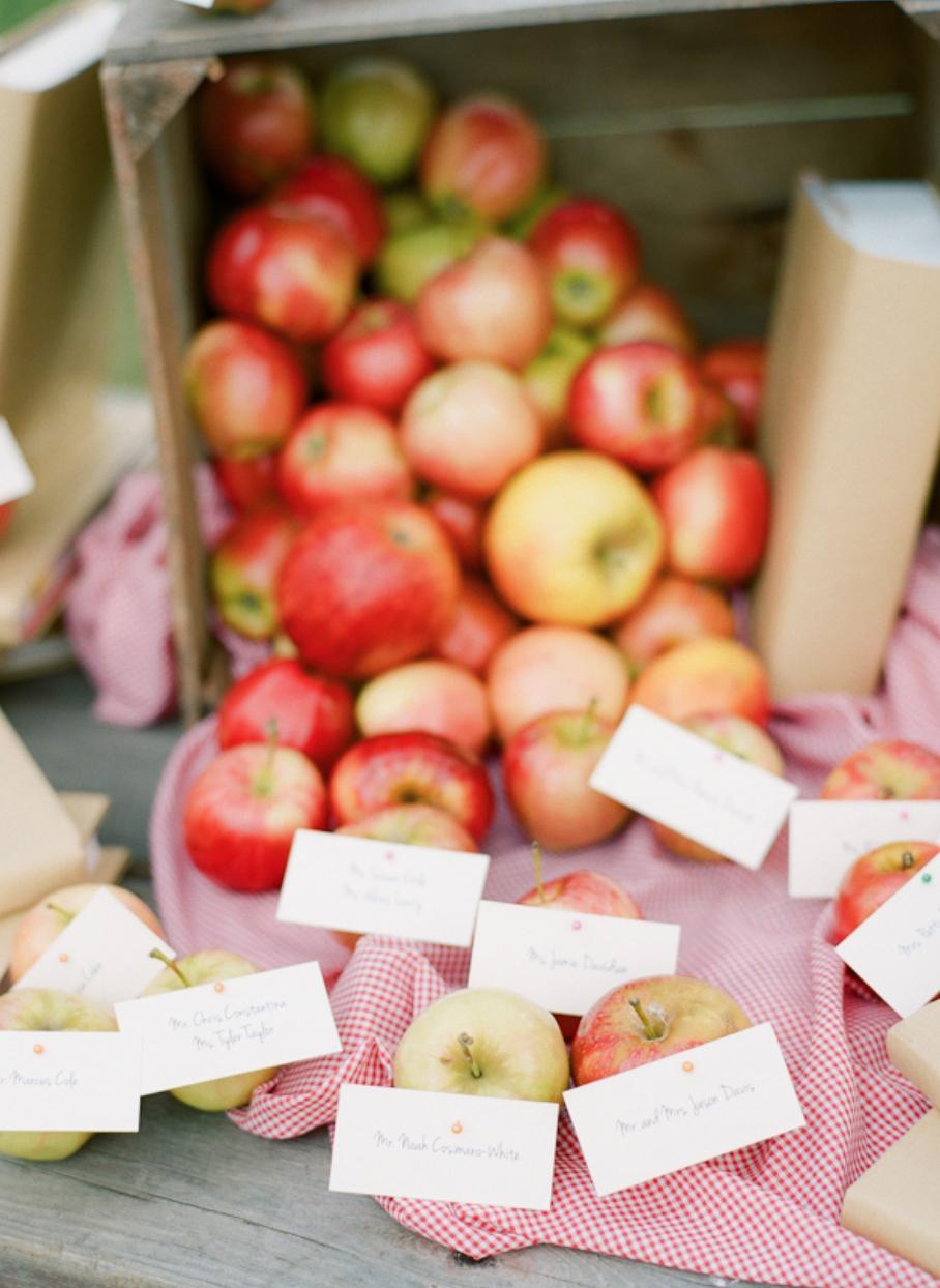 apple-wedding-ideas